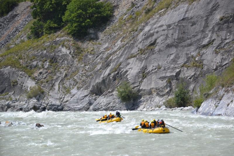 rafting-2-6842678